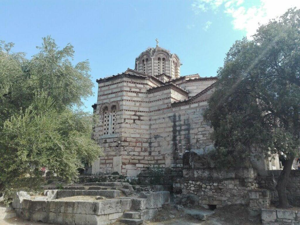 iglesia de los santos apostoles. agora antigua
