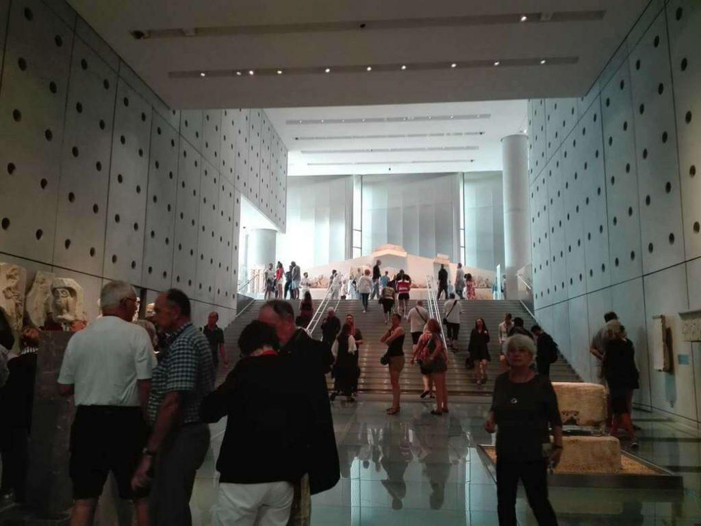 interior del museo del acropolis