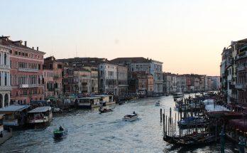 Venecia Portada.Curiosidades